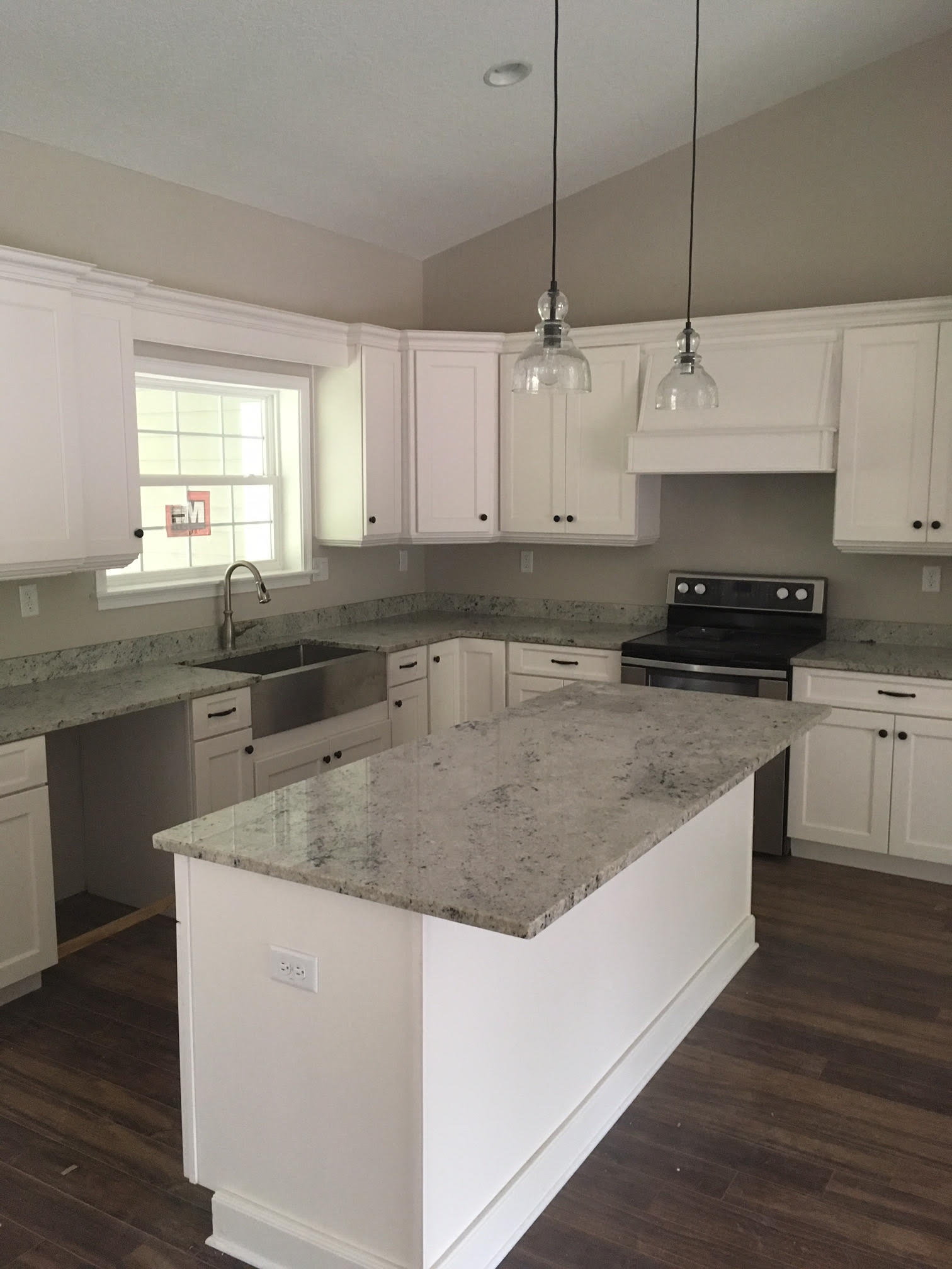 Quartz Countertops and Granite Countertops in Daytona Beach